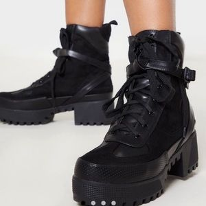 Pretty Little Thing Combat Boot